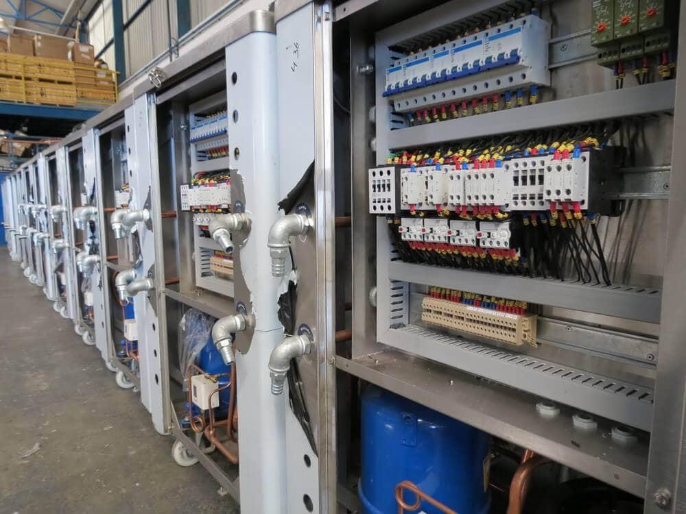 Sistema elétrico de máquinas
